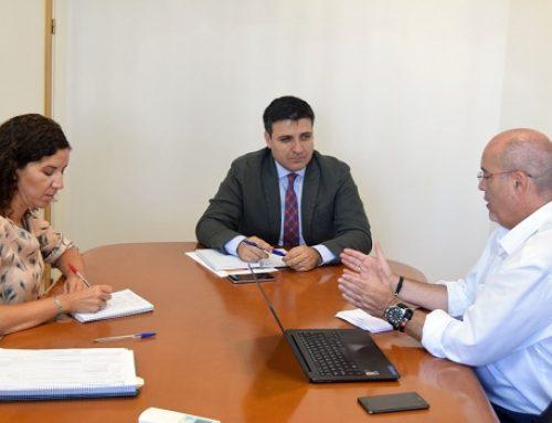 La Agencia Andaluza de la Energía y el sector del vehículo eléctrico se reúnen para impulsar la movilidad sostenible