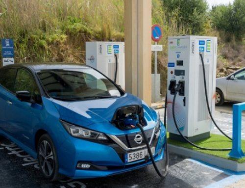 La Agencia Andaluza de la Energía da 366.000 € para el 1º punto de recarga ultrarrápida renovable de España